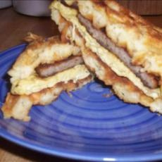 Sausage and Egg Waffle Sandwich and lots of other sandwich ideas for the waffle iron