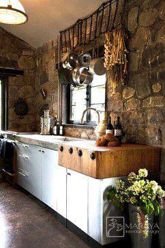 Ranch Mountain rustic kitchen