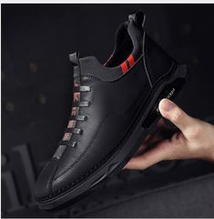 Leather And Lace, Leather Slip Ons, Leather Shoes, Men's Leather, Stylish Shoes For Men, Trendy Shoes, Baskets, Men's Shoes, Flat Shoes