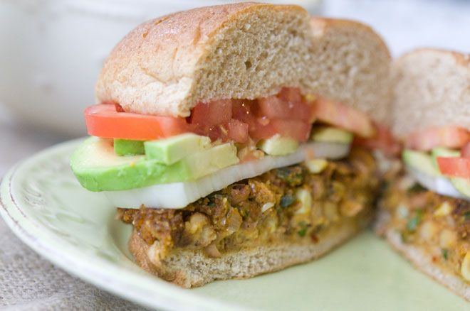 Vegan Pinto Burgers with Chipotle Aioli will totally deliver you from your burger cravings.