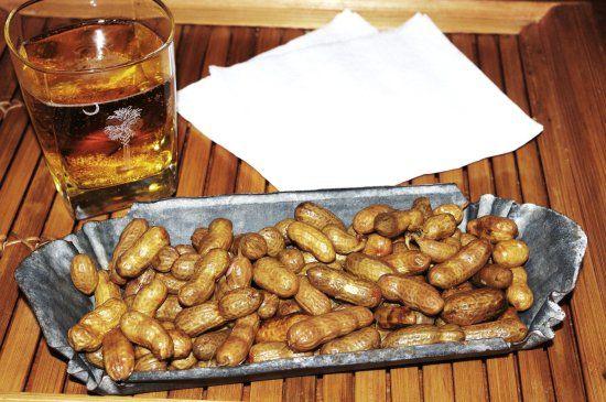 Pressure Cooker Boiled Peanuts