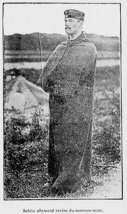 Les grands esprits se rencontrent, la même année avec ce manteau tente de l'armée allemande