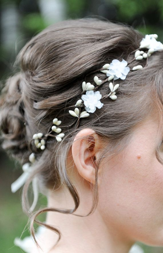 Bridal floral crown, Wedding hair accessories, Ivory flower hair wreath, Bridal headpiece, White bridal head piece, Flower girl