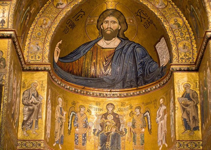 Christ i the apsis of the Cathedral of Monreale.
