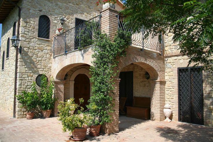 Thypical Farmhouse in Umbria made by RB Restauri e costruzioni. Visit our web site www.rbrestauriedili.it