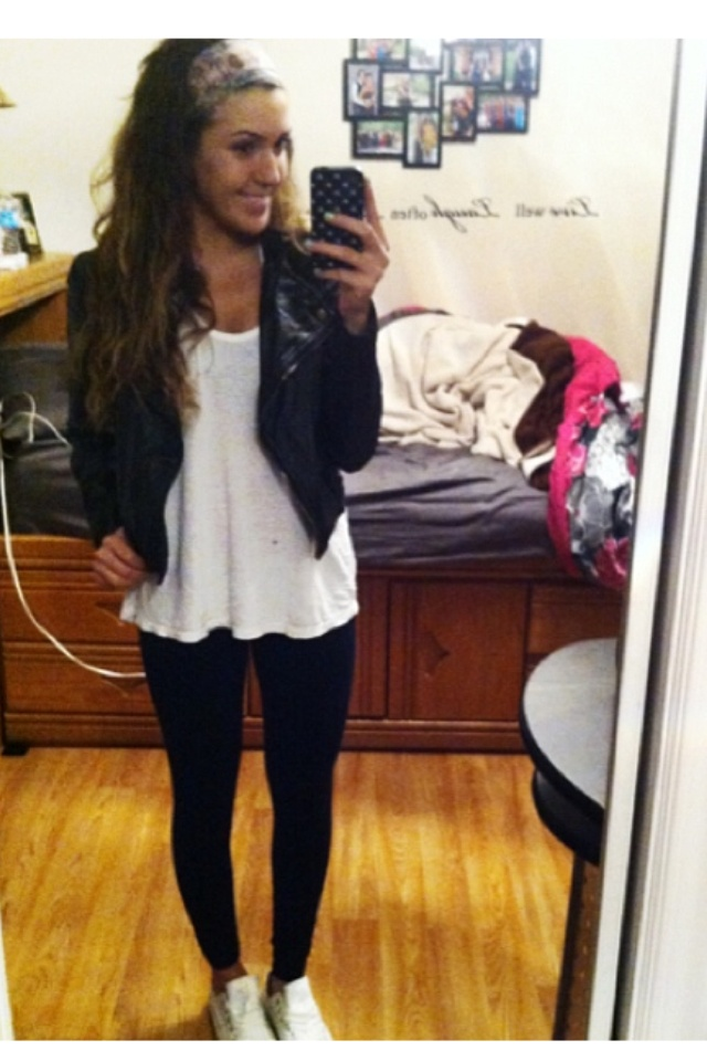 Lazy day outfit. #converse #simple #ootd | FASHION ufe0f | Pinterest | Ootd Converse and Lazy days