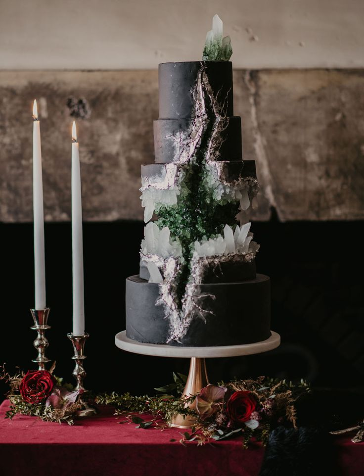 A Marriage of Ice and Fire: The Game of Thrones-Inspired Wedding You've Got to See to Believe - Green Wedding Shoes