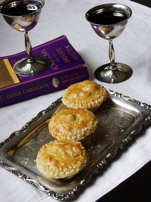steak-mushroom-pies.  A food blog of all the Foods in the Outlander books.  How have I not seen this before!