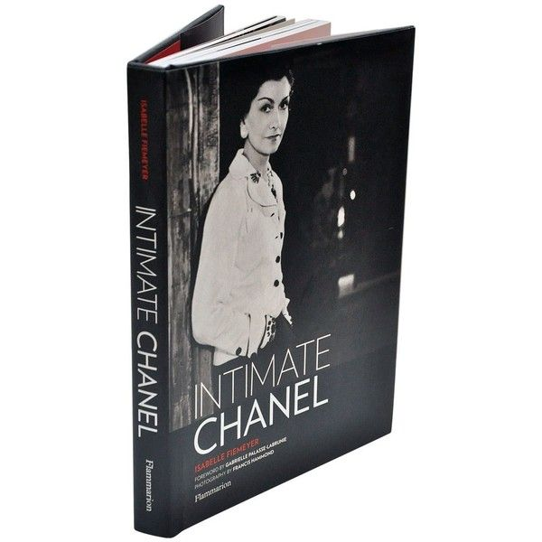 Chanel (Universe of Fashion) by François Baudot. Pages: 80 measurements: 21,5 x 16 x 1,5cm.: