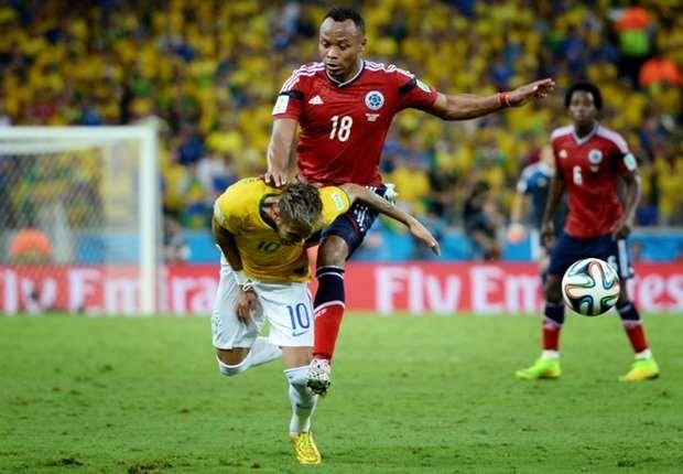 Thiago Silva Sebut Juan Zuniga Pengecut - Kapten sekaligus bek Brasil Thiago Silva melancarkan kritik pedas kepada Juan Zuniga menyusul insidennya dengan Neymar dalam perempat-final Piala Dunia 2014. Silva menyebut, tekel yang dilakukan bek Kolombia itu adalah tindakan yang bersifat pengecut.