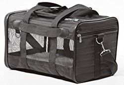 Sherpa Pet Carrier Reviews & Buyer's Guide