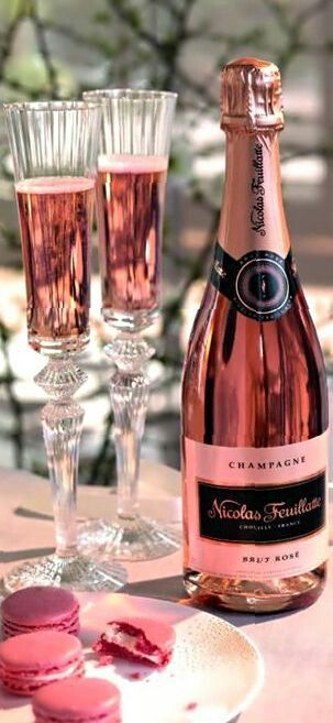 champagne  joyeux anniversaire