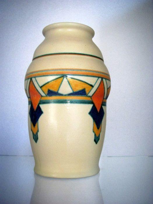 Velsen aardewerk vaas
