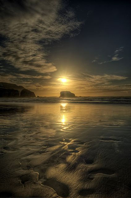 Perranporth Beach, Cornwell, England; photo by .Damien Green
