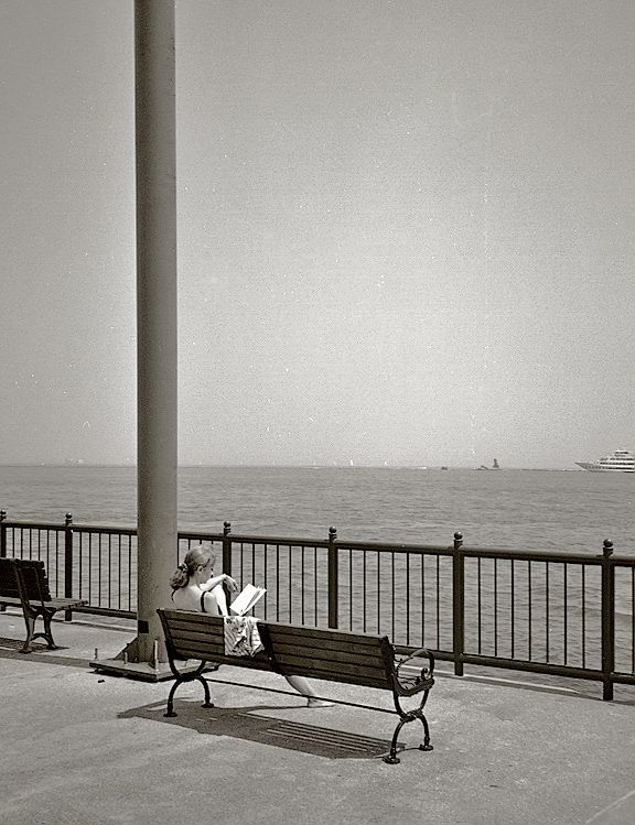 Quiet Afternoon Read, Navy Pier, Chicago, IL, photography by Gerald Davey
