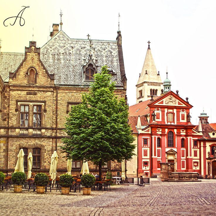 Pražský hrad | Prague Castle ve městě Praha, Hlavní město Praha 25. 5. 2015 https://instagram.com/p/3bvgz-Mnu_/