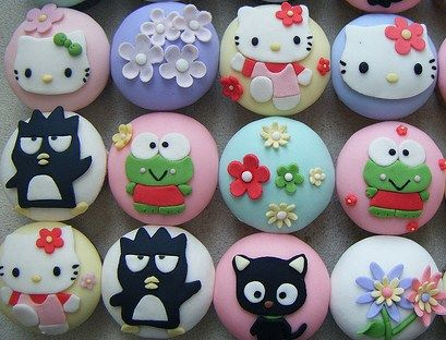 Hello Kitty and Her Sanrio Friends Cupcakes