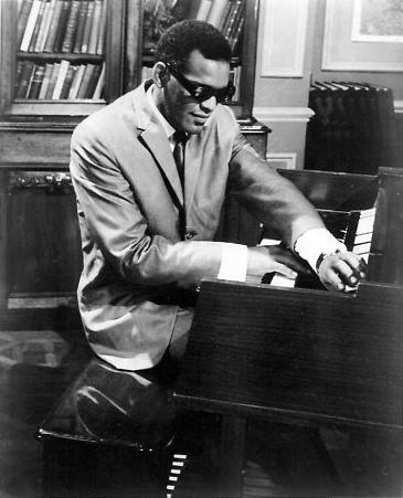 "In one of the first scenes of ""Ballad In Blue"" (filmed in 1964), Ray Charles plays an organ. If it was a Hammond, it may have been an A-100. Also cf. this picture: http://3.bp.blogspot.com/-KLIF45YSoX8/T3Yf3LRSArI/AAAAAAAAMtU/7AEhlVost1s/s320/Unidentified+event+-+Ray+Charles,+organ,+Philadelphia+Tribune+-+Early+1960s.jpg. Who can positively identify the brand and the type?"