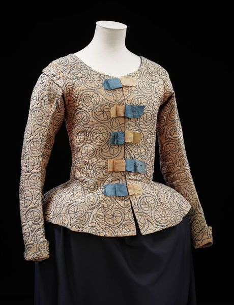 1610-1620, Great Britain - Waistcoat - Silk, linen, silk thread, linen thread, silver; hand-sewn and hand-embroidered