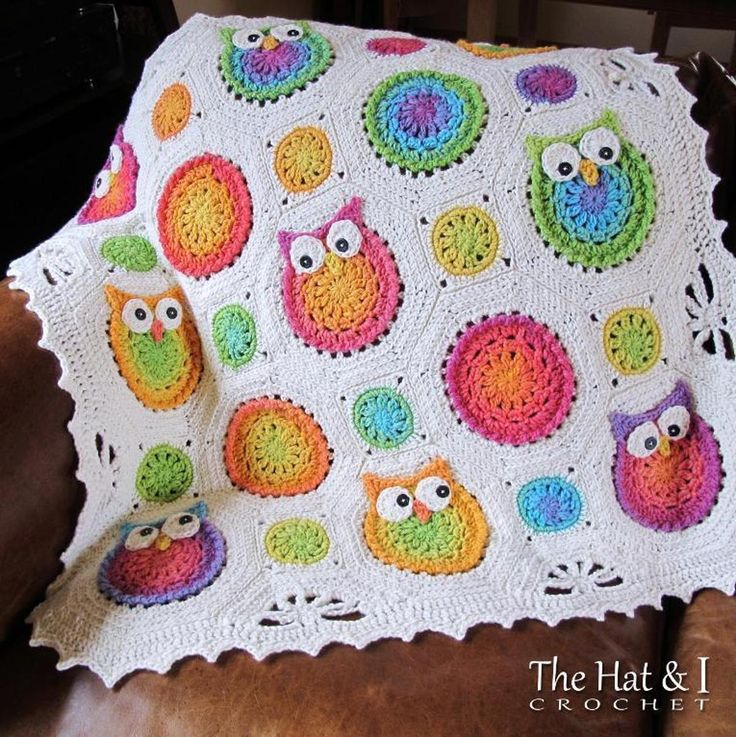 Owl Obsession | Craftsy Very tempted to buy the pattern. Haven't crochet'd in years!