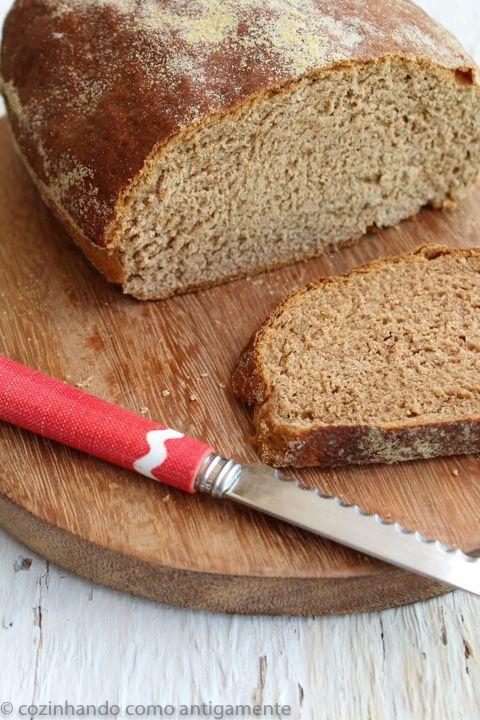 O pão australiano leva um mix de farinhas e ainda o toque do cacau em pó e do açúcar mascavo. Textura macia, sabor levemente adocicado!