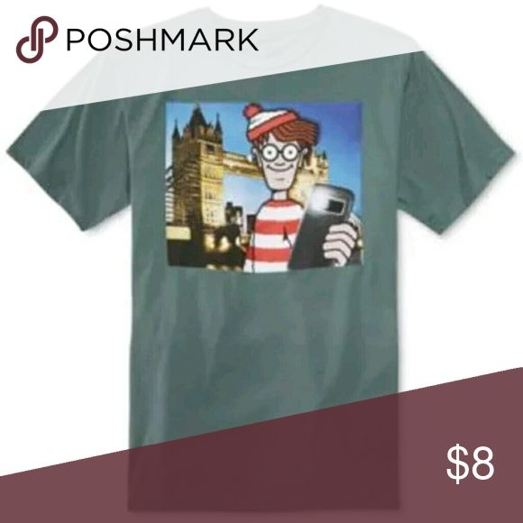 NEW WALDO SELFIE MEN'S XL T-SHIRT NEW WITHOUT TAGS WHERE'S WALDO XL COTTON LICENSED GRAPHIC TEE , NEW NEVER WORN. ARMPIT TO ARMPIT 23'' AND 30'' IN LENGTH Where's Waldo Shirts Tees - Short Sleeve