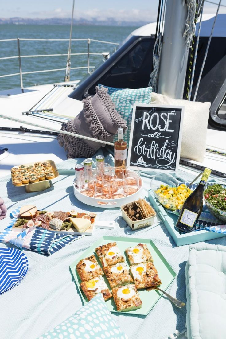 Save this to get 30th birthday party on a boat planning tips, hacks + recipes.