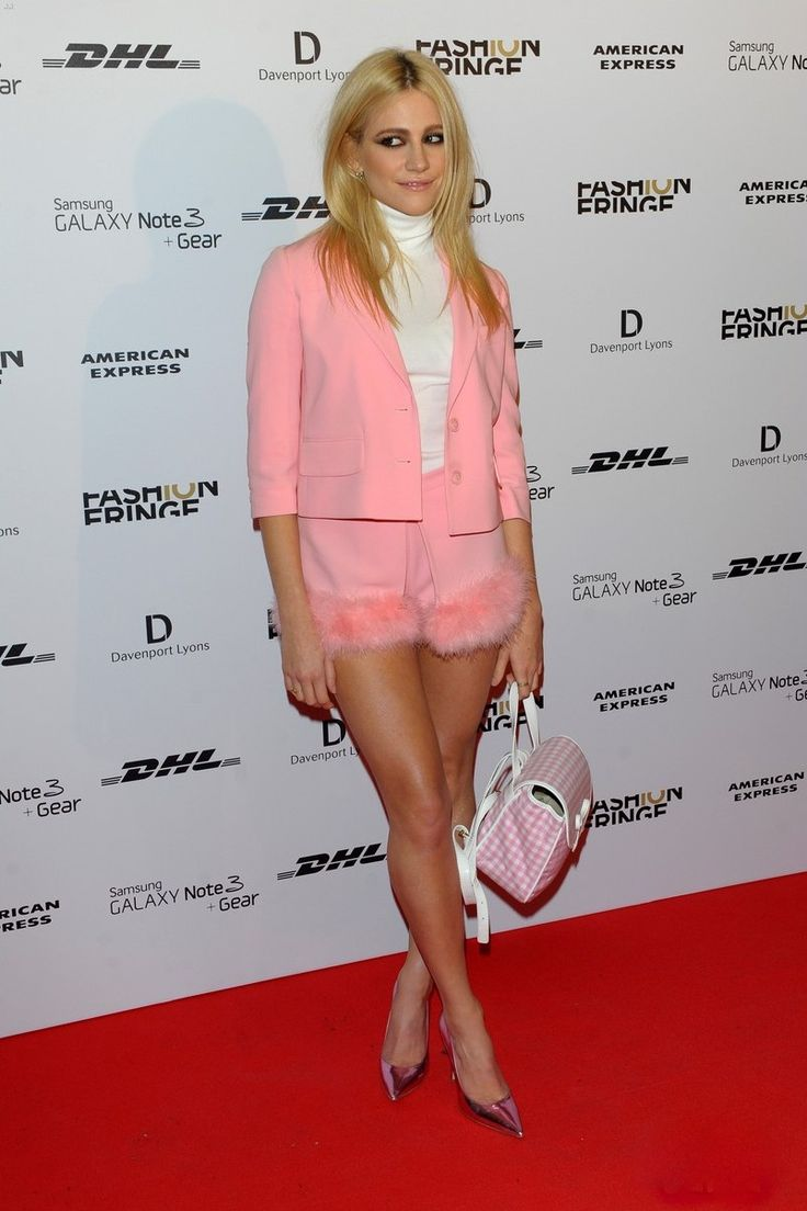 Information birth name victoria louise lott born 12 january 1991 age - Fabulously Spotted Pixie Lott Wearing Moschino Cheap And Chic Fashion Fringe 10 Year Anniversary