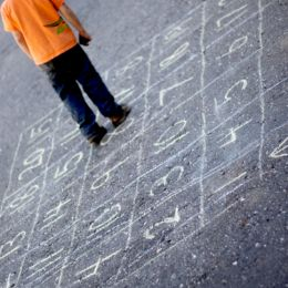 Stoepkrijt spelletjes tel doolhof leren tellen 3 I Creatief lifestyle blog Badschuim