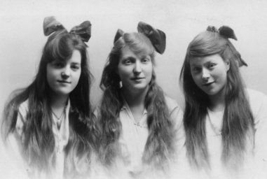 hair styles for braids 1000 images about 1914 1918 hair on radios 6096