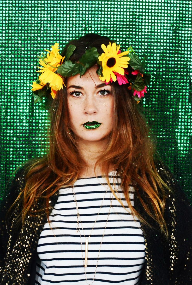 vitamine blij, creative, festival, concepts, craft, DIY, glitter, dress up, costume, headdress, show, entertainment, party concept