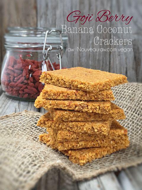 Goji Berry Banana Coconut Crackers (raw, vegan, gluten-free, nut-free)