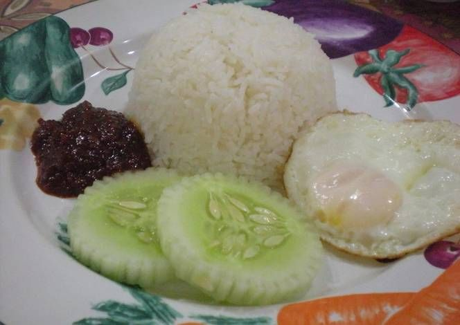Nasi Lemak (Rice Cooked in Coconut Milk) Recipe -  Very Delicious. You must try this recipe!