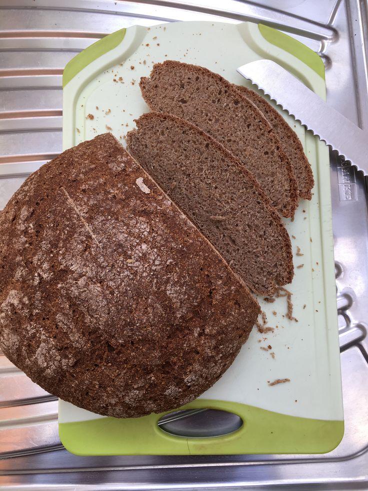 Volkorenbrood (recept 'wit brood' Bakken A)