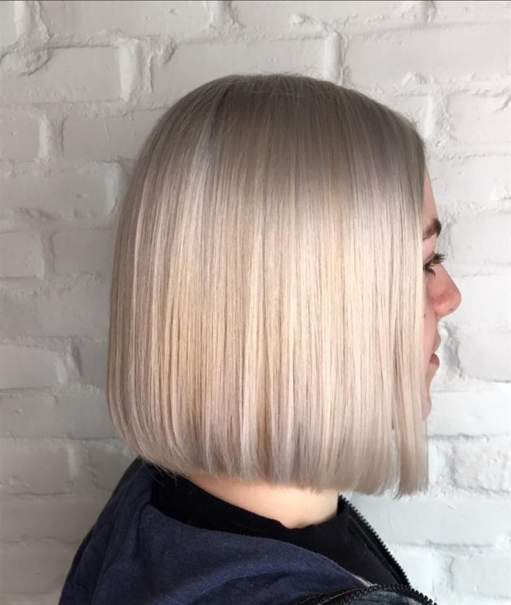 Straight hair by Vanessa Champagne