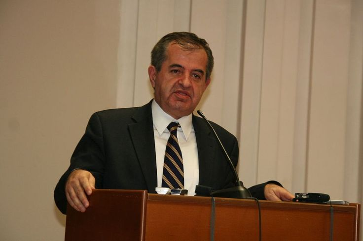 In Memory of Giorgos Pavlidis.