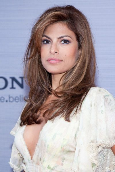 eva mendes long brunette hairstyle sheknows celebsalon beautiful hair pinterest. Black Bedroom Furniture Sets. Home Design Ideas