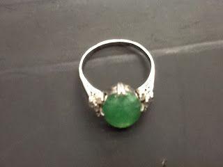 CLASSICS HAKOZAKI -Jewelry- / 肥前屋質店: 保留:461:昭和ジュエリー 翡翠 PM 唐草 角ダイヤモンド #23
