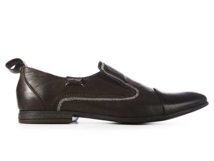 I Love Italian Shoes, the first online store where you can find all the best italian shoes manufacturer's products and receive them to your home directly from the producers.