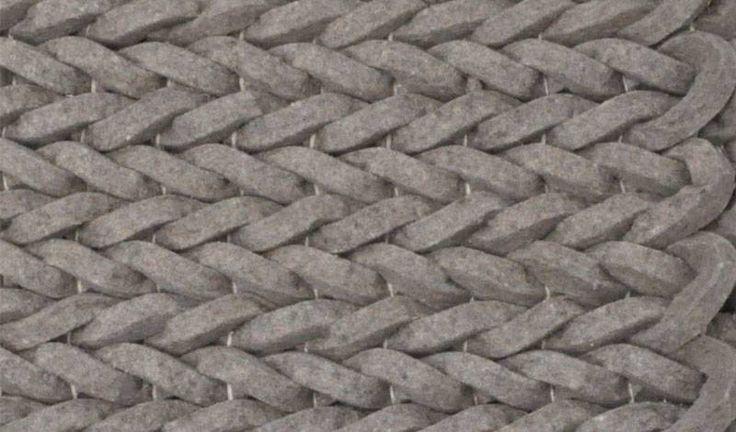 Wie cool, diese geflochtene Teppiche von Zuiver. Dieser Teppich Nienke in taupebraun ist erhältlich in 2 Größen und gefertigt aus 100% Wolle und Filz. Natur