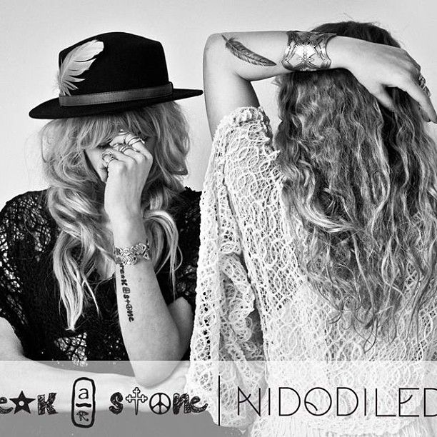 Breakastone collaboration with Nidodileda #love