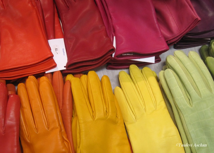 And some more - colourful gloves by Liisa  Sauso