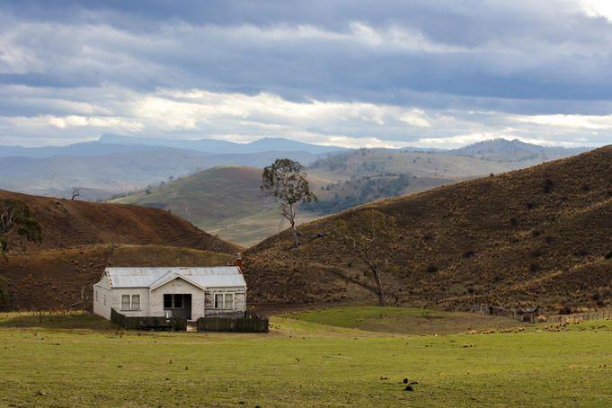 Old farm house 20km outside of Bothwell, central Tasmania.