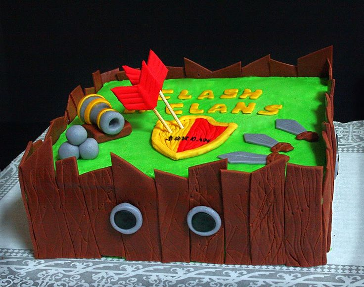 clash of the clans cakes | Early Sunday morning: Clash of Clans Cake! Happy Birthday, Jordan!!!