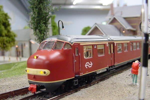 https://www.fijnuit.nl/blog/in-miniworld-rotterdam-is-meer-te-zien-dan-je-denkt Ben jij een echte treinen liefhebber? Kom dan eens een heerlijk dagje uit naar Miniworld Rotterdam. Bekijk onze review op bovenstaande link