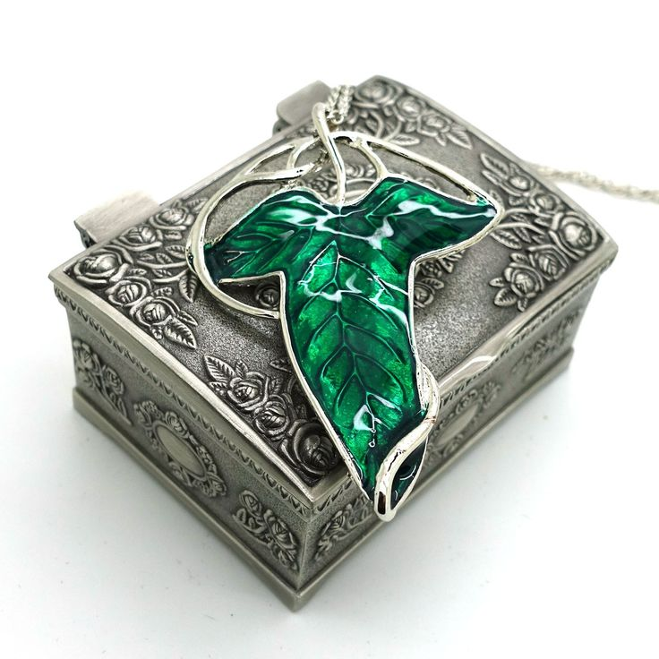 208 best hobbit images on pinterest hobbit the hobbit and lord of lord of the rings aragorn elven green leaf brooch pin pendant necklace with jewelry box aloadofball Image collections