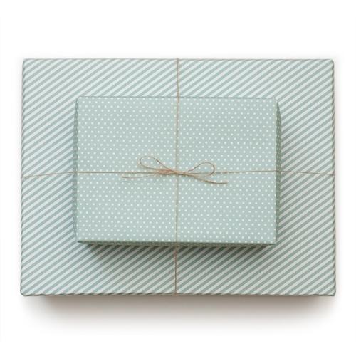 Sugar Paper reversible wrap - pool blue | Gifting