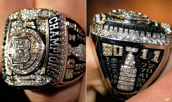 Boston Bruins - 2011 Stanley Cup Ring