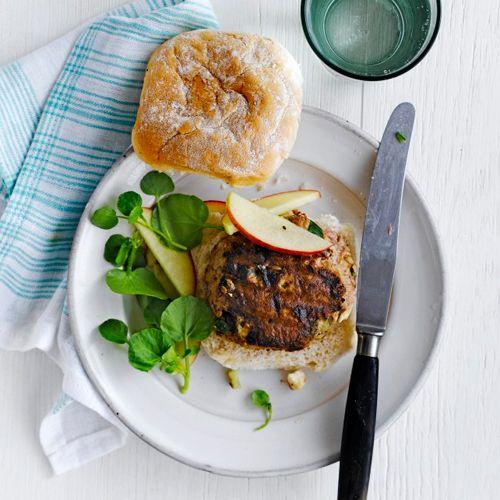 Komkommer-feta-lamsburgers recept - Jamie magazine
