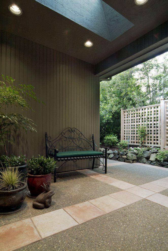 lattice fence designs stone pavers ornate bench plant pots traditional design of Cool Lattice Fence Designs to Get Lattice Fence Design Ideas From